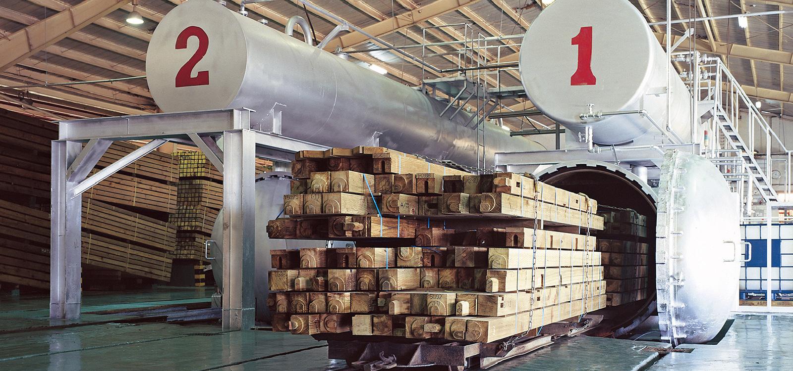 広島の新築・リフォーム・増改築「プレザーホーム」 加圧注入処理が実現する シロアリを防ぐ木材
